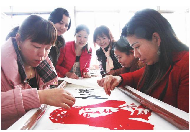 湖南制定湘绣地方质量标准 为参展夯实质量之基